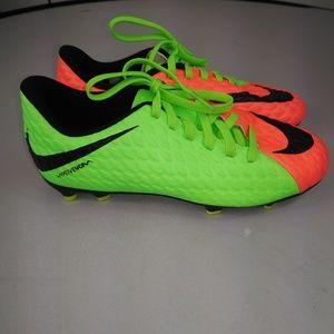 Nike soccer shoes 3.5 kids